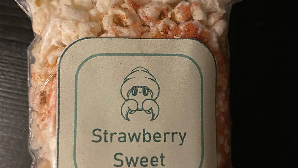 Small bag 5-8g of strawberry sweet