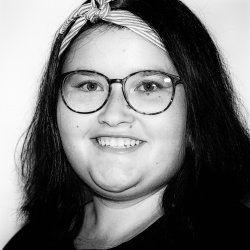 Julia Löw