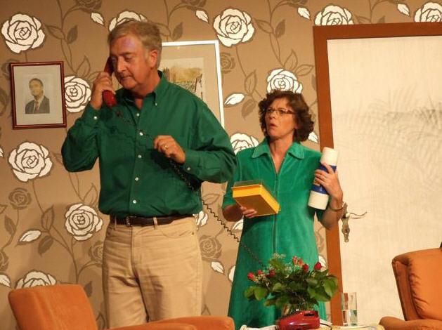 Jürgen Haubrich und Marion Thurn im Wohnzimmer beim Theater 2009.