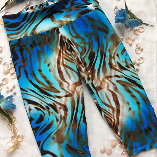 Astrosportswear Blue zebra Capri Tight