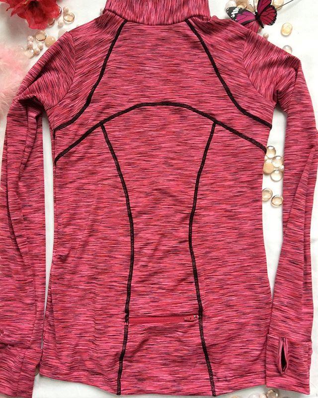 Astrosportswear Pullover top