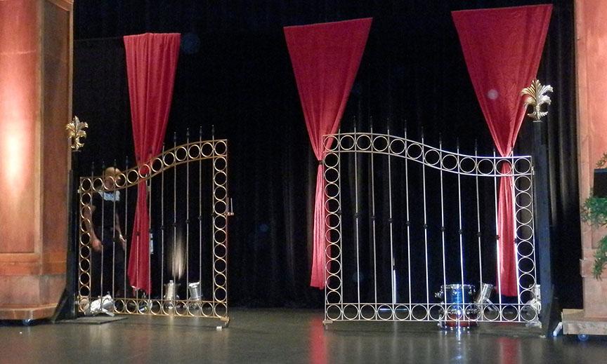 XL Metal Gates