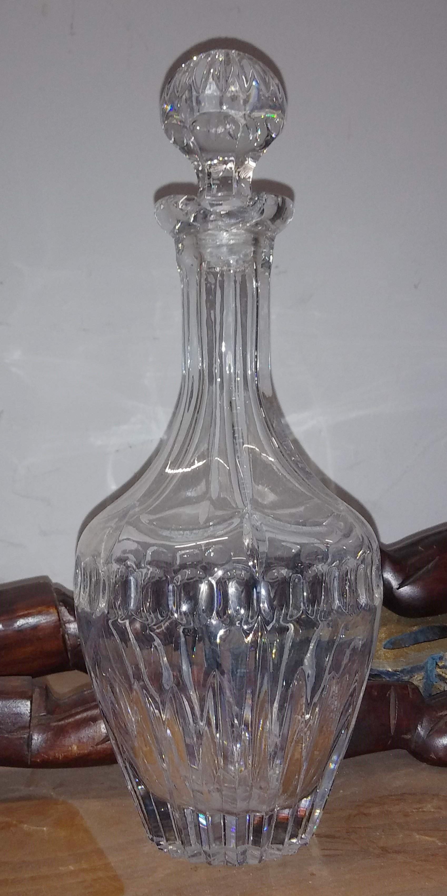 Decanter - crystal cut