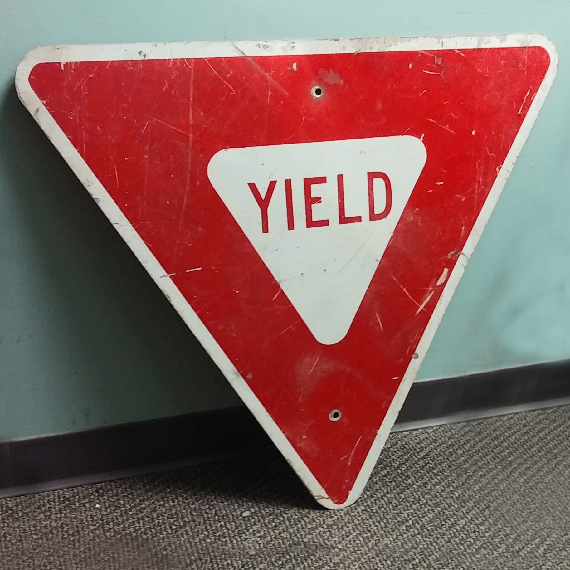 Sign - Yield