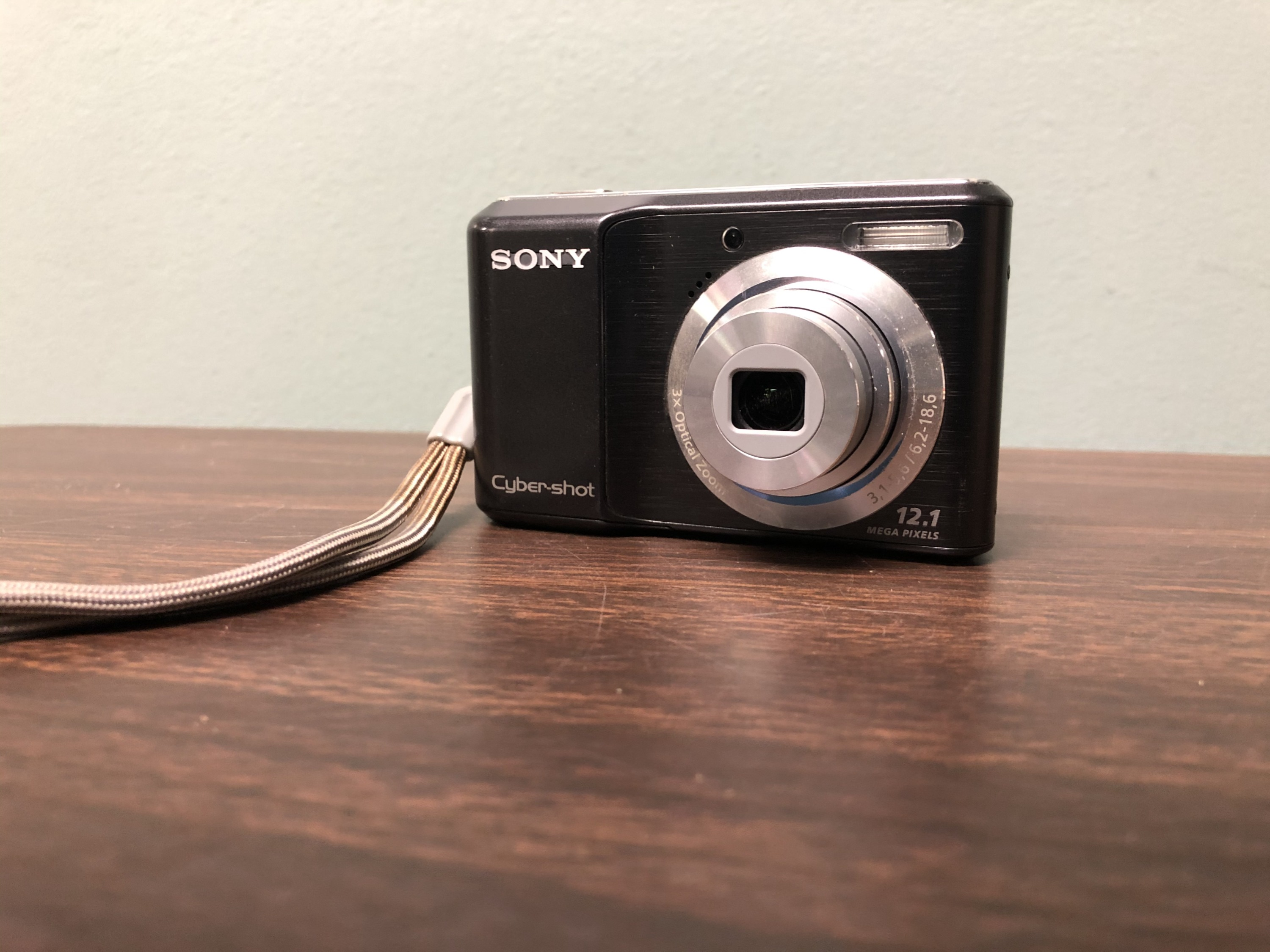 Sony Cyber-Shot Digital Camera (functional)