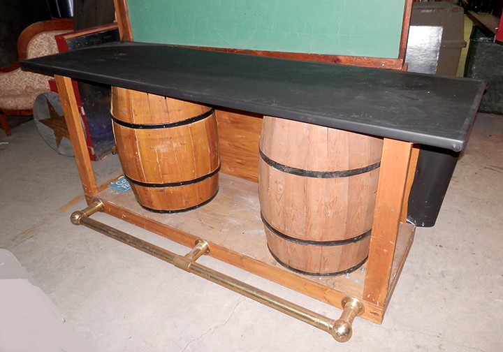 Saloon Bar - Barrel Support