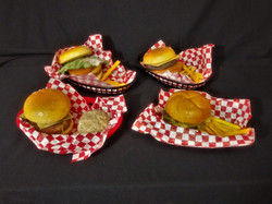 Hamburger Baskets w Fries