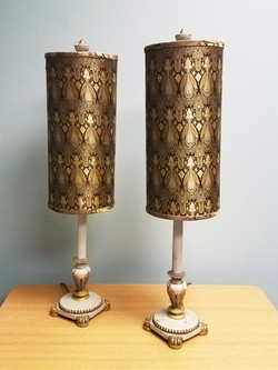 Modern Cylinder Kitchy Gold Paisley 30in
