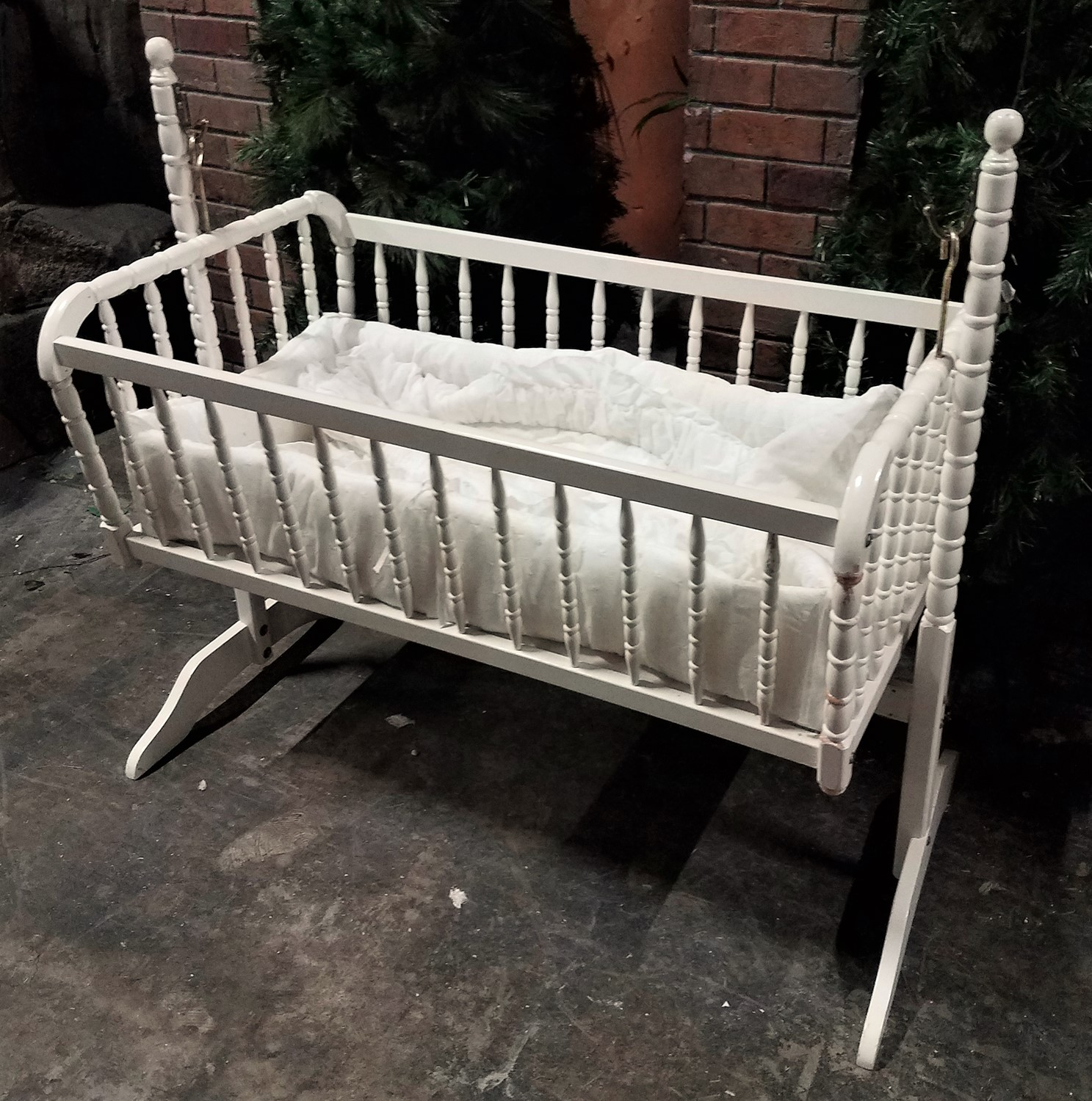 White Jenny Lind Spindled Baby Cradle