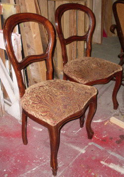 Chairs - Side Beige Maroon Seats_md