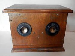 Wood Vintage Radio