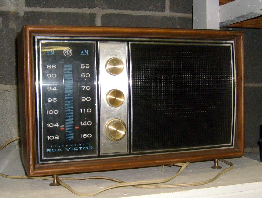 RCA Victor Table Radio
