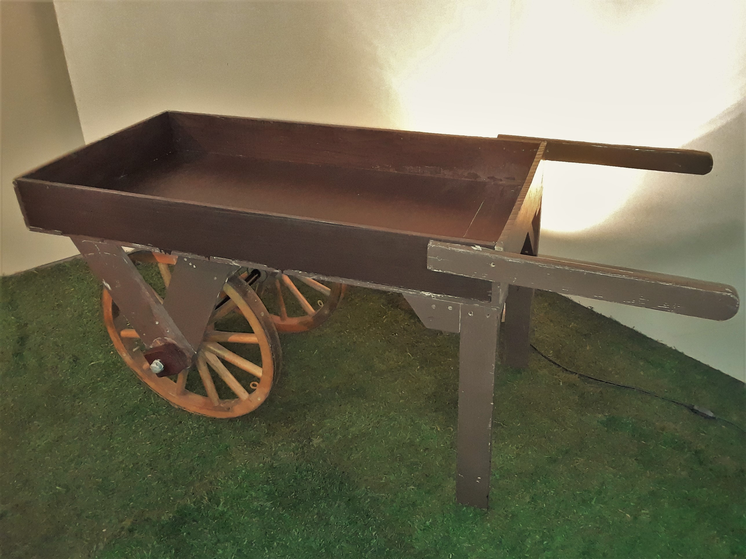 Wagon Wheel Wood Cart