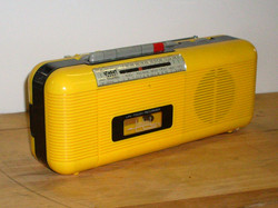 Lenoxx Street Beat AM FM Radio Cassette Player