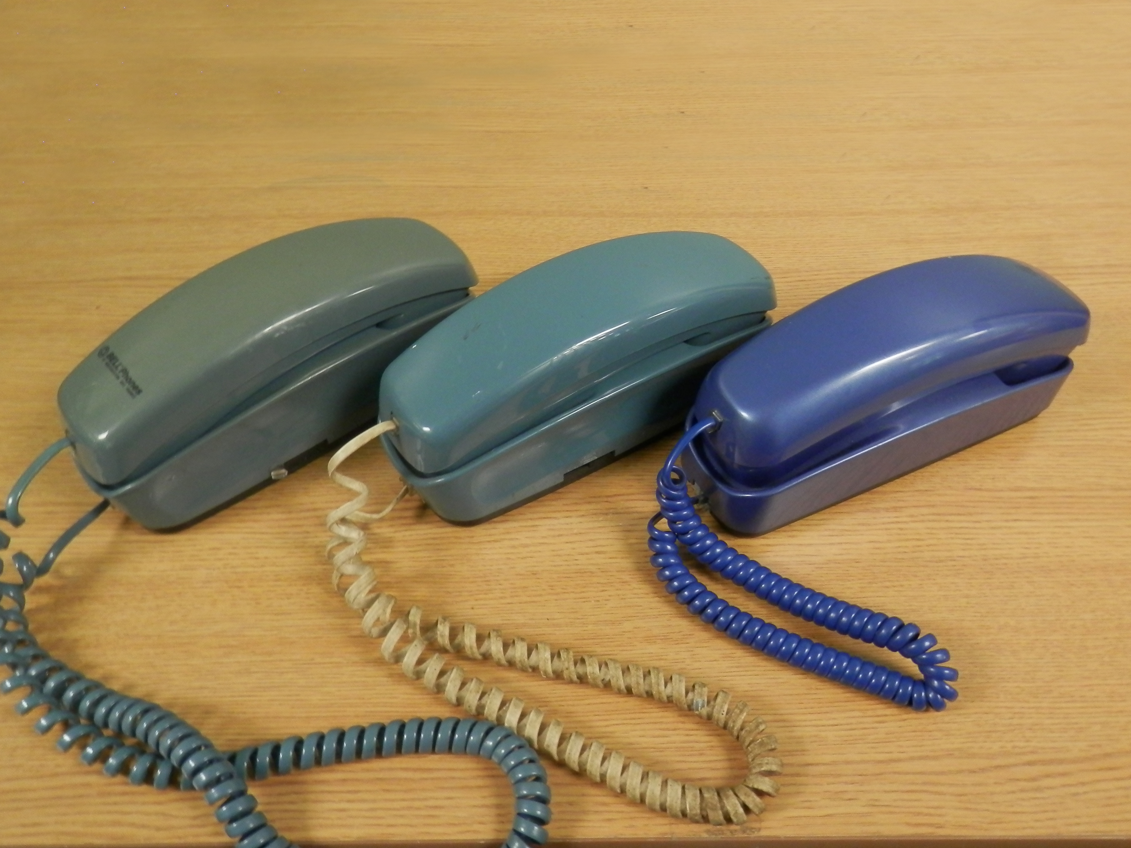 Trimline Phones blue