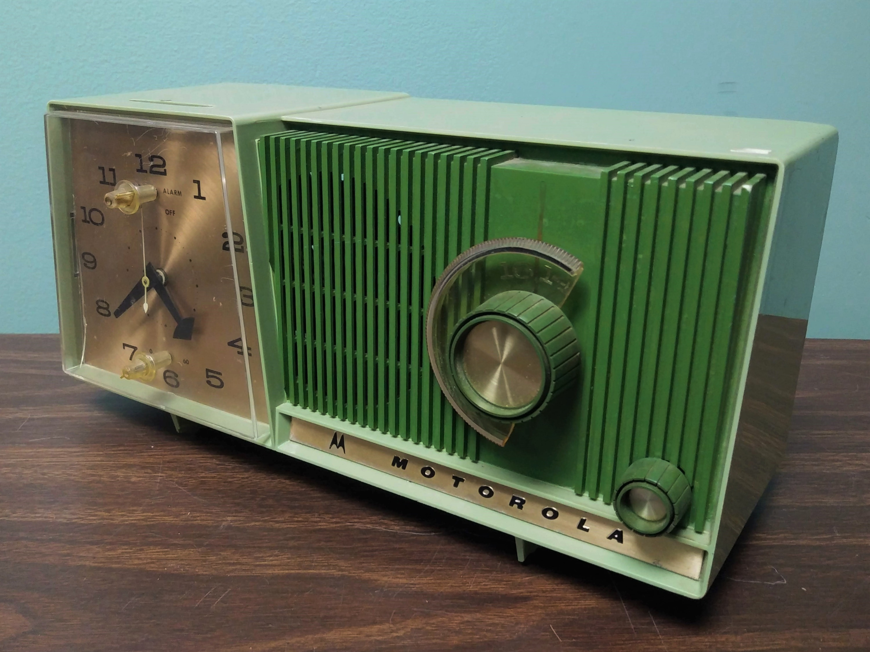 Motorola Vintage Clock Radio 50s 60s