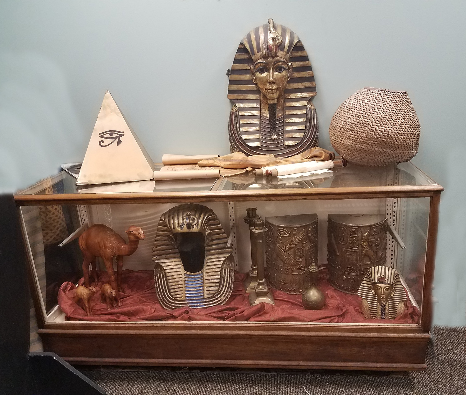 Small Egyptian Props
