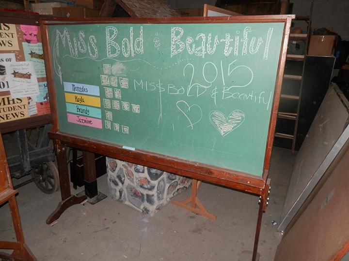 Chalkboard Rolling - green maple stained