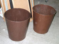 Metal Trash Cans_md