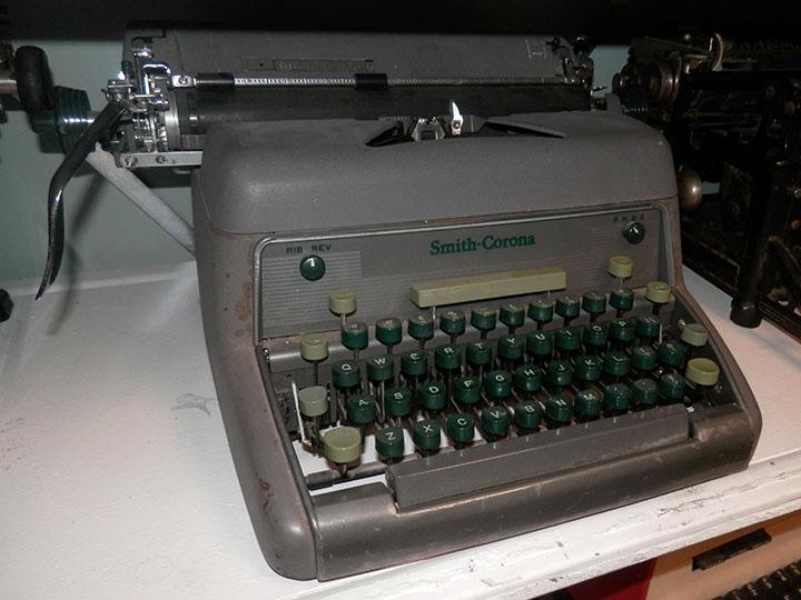 Smith Corona Model 88