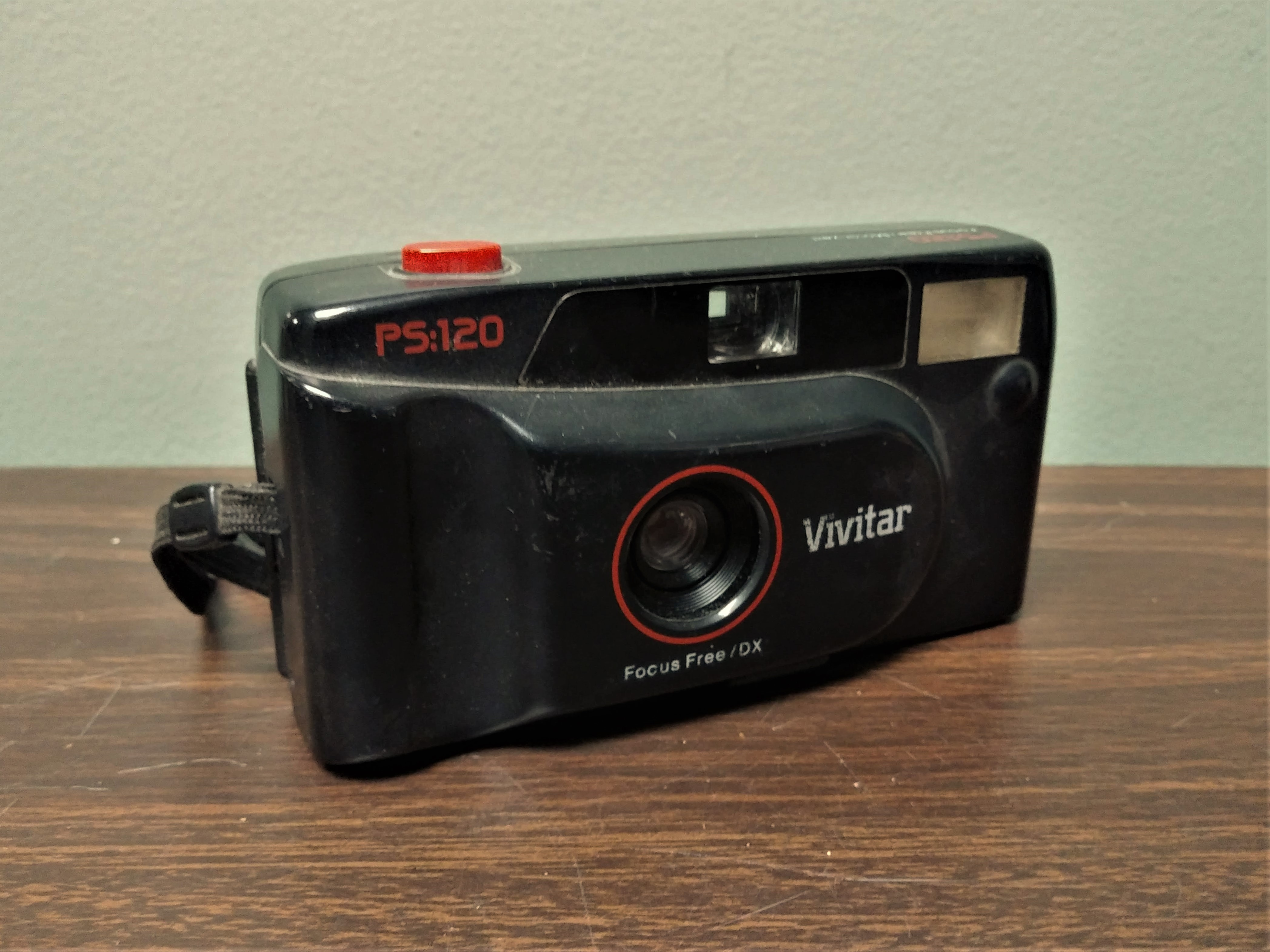 Vivitar Point-and-Shoot Camera