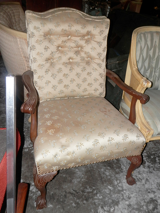 Chair - wood arms floral 35x25x19