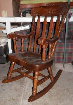 Wood Rocking Chair (heavy)