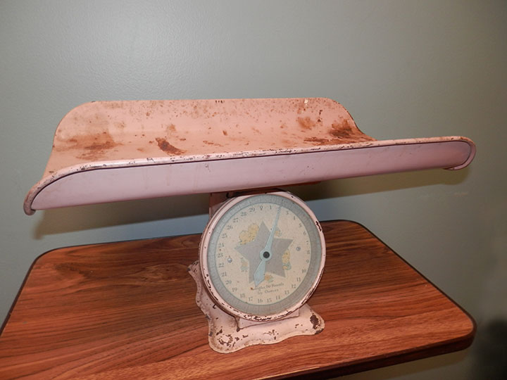 Pink Vintage Baby Scale