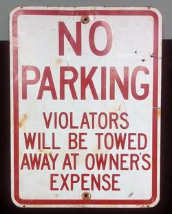Sign - No Parking Violators Towed