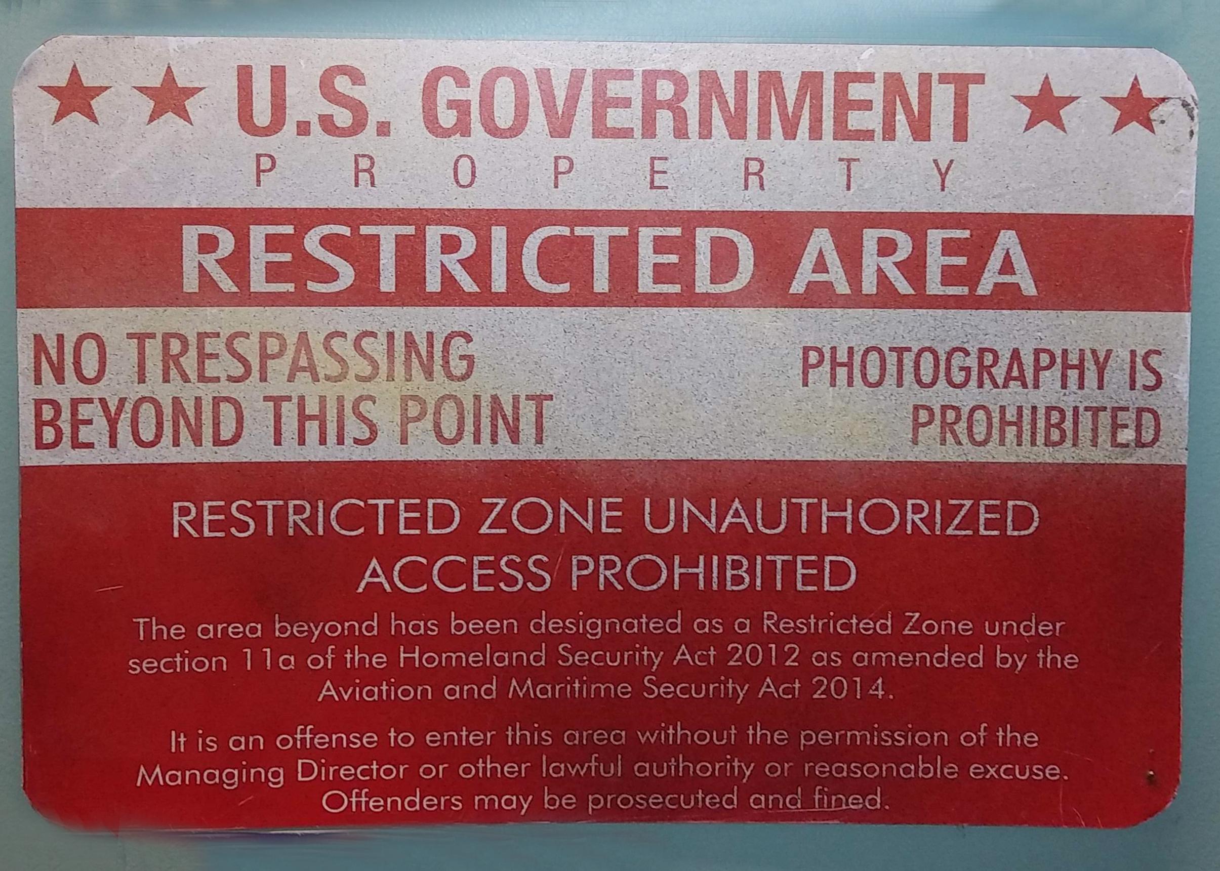 Sign - US Govt Restricted Area