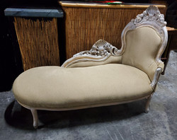 Chaise Lounge - French