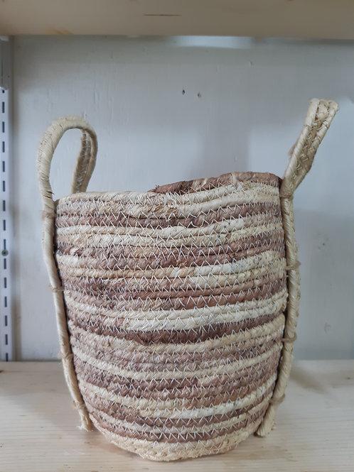 """8"""" Natural grass basket"""