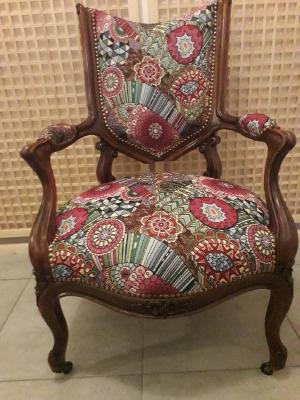 Restauration de fauteuil par Tapissier S