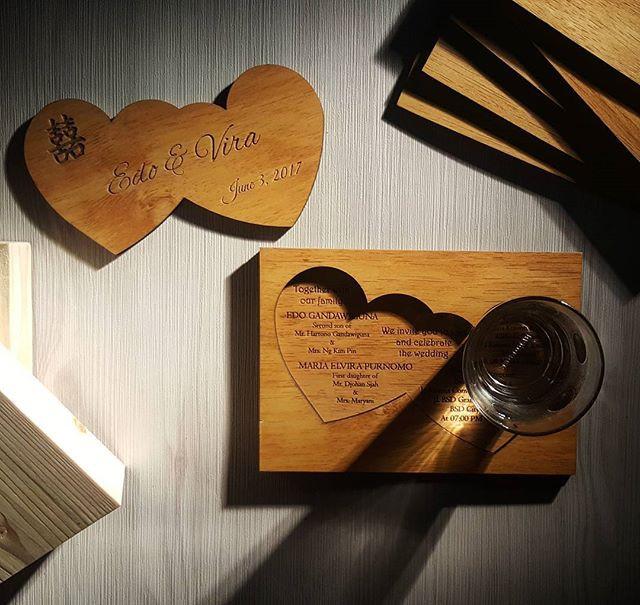 Souvenir Pernikahan Unik Kayu