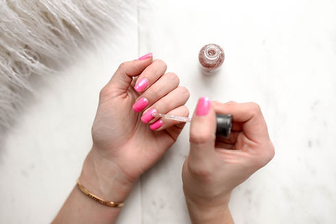 woman-s-pink-pedicure-973405.jpg