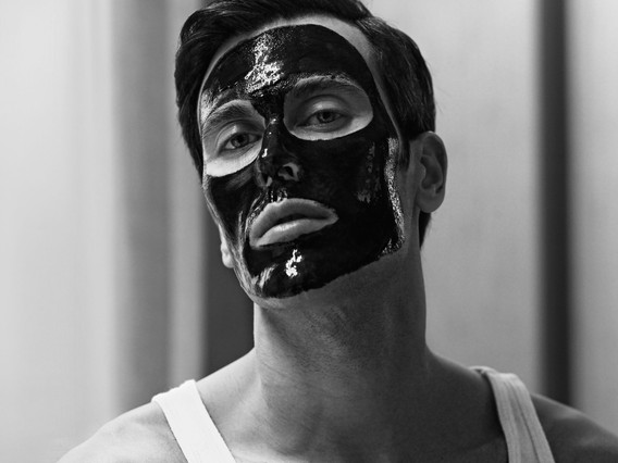 19-0039_Perfect Man Magazine_Thomas Vord