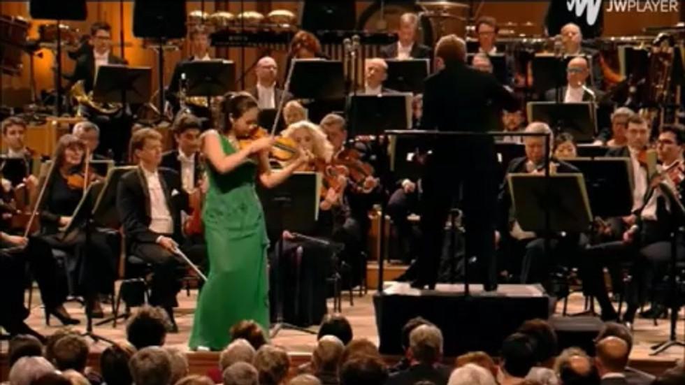 3    Brahms / Violin Concerto in D Major, Op. 77   Queen Elisabeth Violin Competition 2015