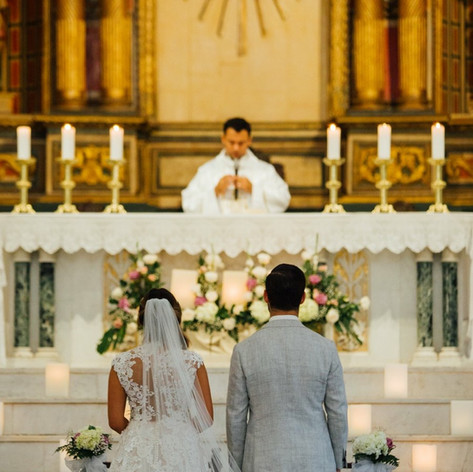 Ma Cecilia & Jake's Wedding at a Colonial Church in Cartagena