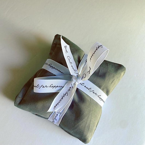 Lavender sachets table decoration, herbal sleep aid, aromatherapy