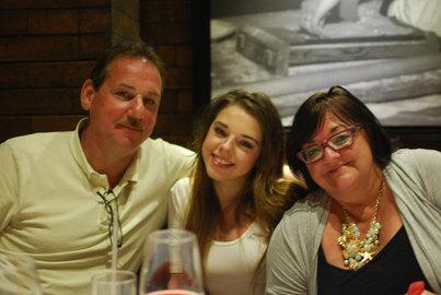 Foodtruck happy family mex.JPG