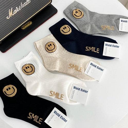 Smile Button Mom Socks