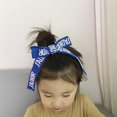 D Ribbon Hair Pin