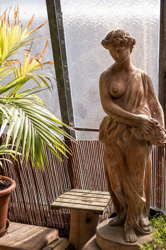 Terracotta Femme