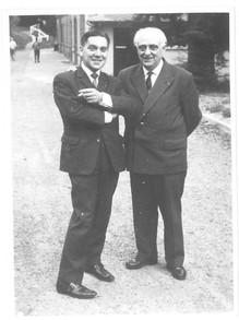 1961 à Houlgate avec  Abert ERHMANN Président de la Confédération Musicale de France