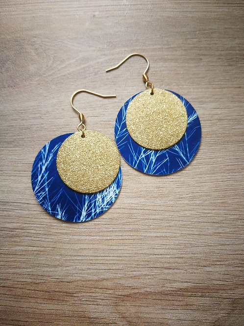 Boucles cyanotype graminé et sequin doré