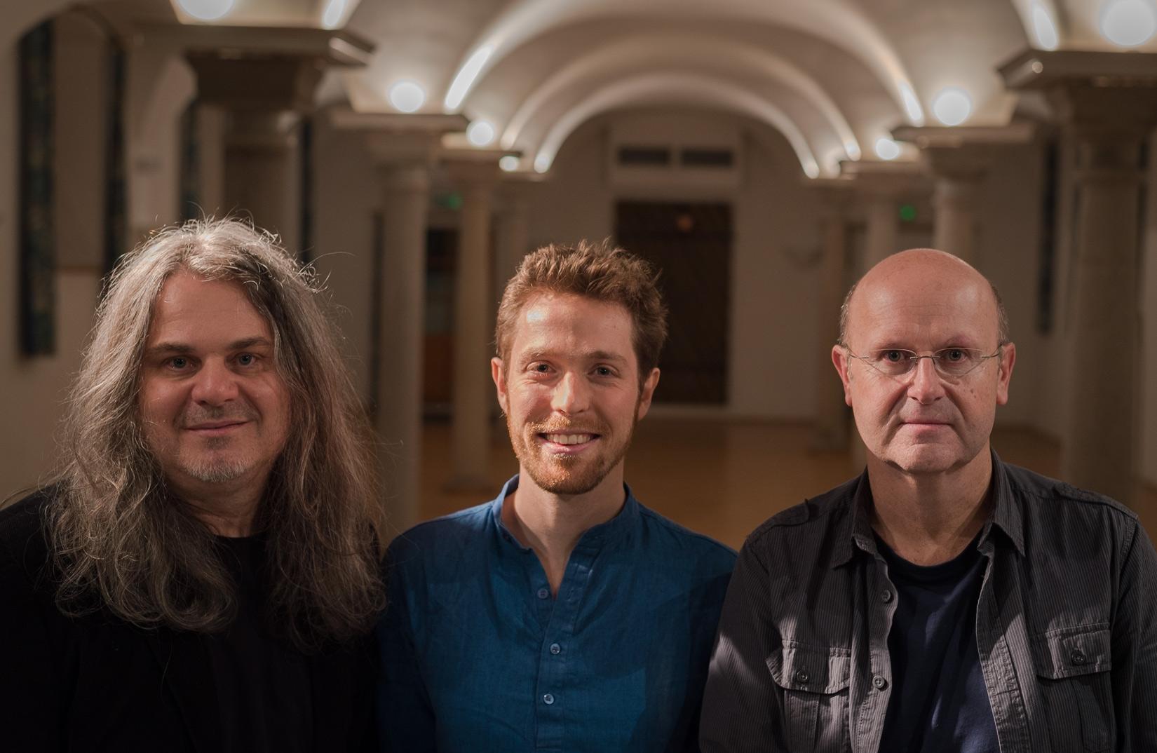 SONGBOOK-Trio1