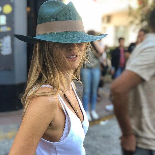 Selva  hat