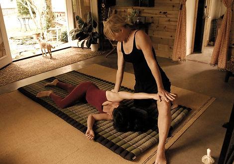 thai yoga A