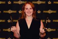 Produzentin, Autorin und HR Christina mit den Preisen