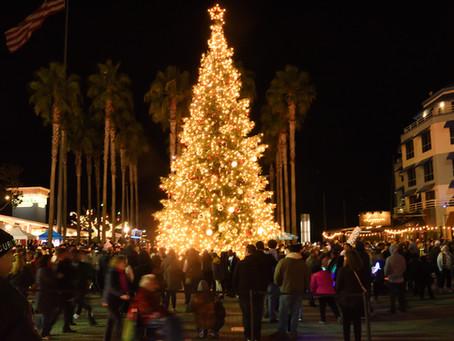 Oakland Lights Its 2018 Christmas Tree